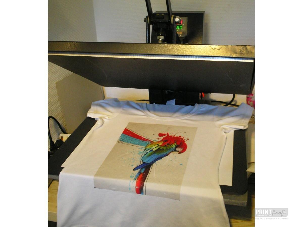 Póló feliratozás